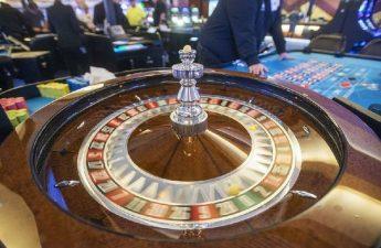 Sekali lagi, aplikasi suku untuk lisensi kasino dihapus