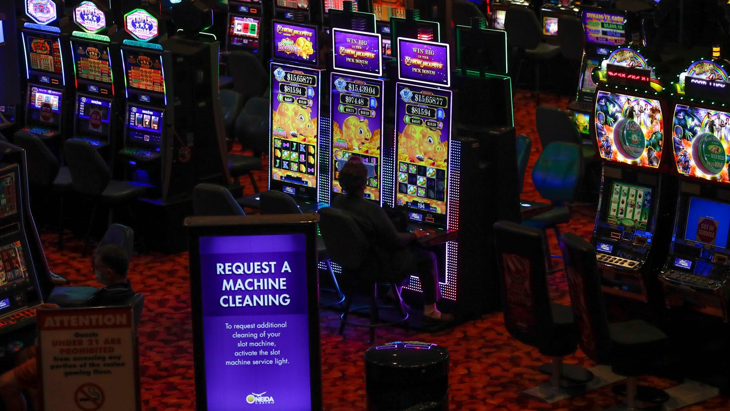 Setelah ditutup selama dua bulan, kasino Oneida dibuka kembali