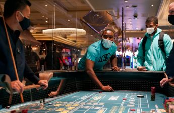 Kasino Las Vegas, bisnis terbuka di tengah protes dan COVID-19