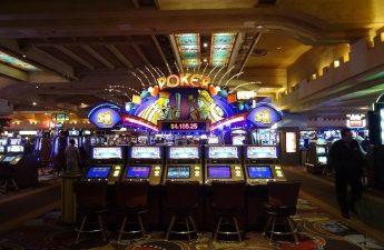 Bagaimana Berhati-hati untuk Membuat Jarak dari Penipuan Kasino