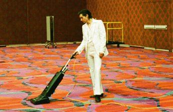 Arctic Monkeys '' Tranquility Base Hotel & Casino 'memprediksi kehidupan pandemi