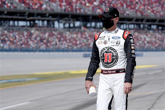 Hollywood Casino 400: DraftKings, Pilihan Daftar NASCAR Fantasi Harian FanDuel