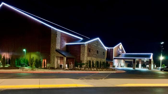 Lebih banyak kasino Oklahoma dibuka kembali, yang lain memperpanjang penutupan