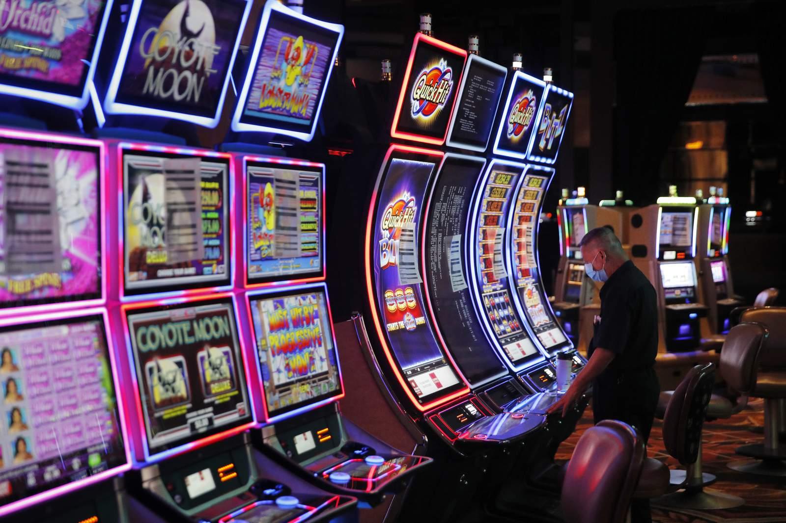 Vegas, sayang! Kasino dibuka kembali setelah penutupan coronavirus yang lama
