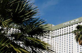 Apakah kasino Vegas siap membersihkan udara ?: Travel Weekly