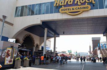 Kasino Atlantic City siap untuk santapan dalam ruangan untuk dilanjutkan | Kasino & Pariwisata