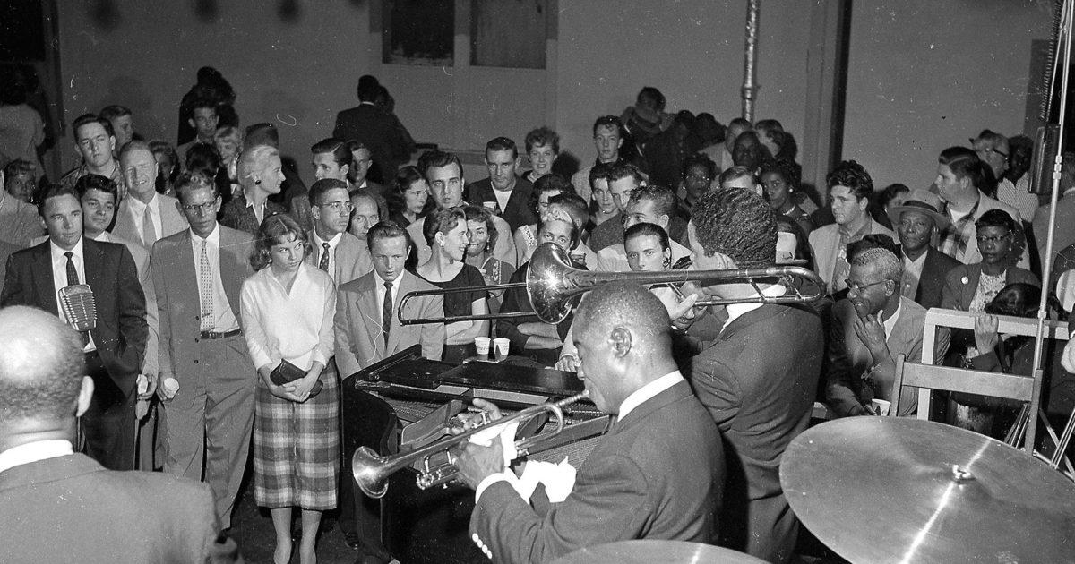 Membuat sejarah musik di Kasino Manhattan • St Pete Catalyst