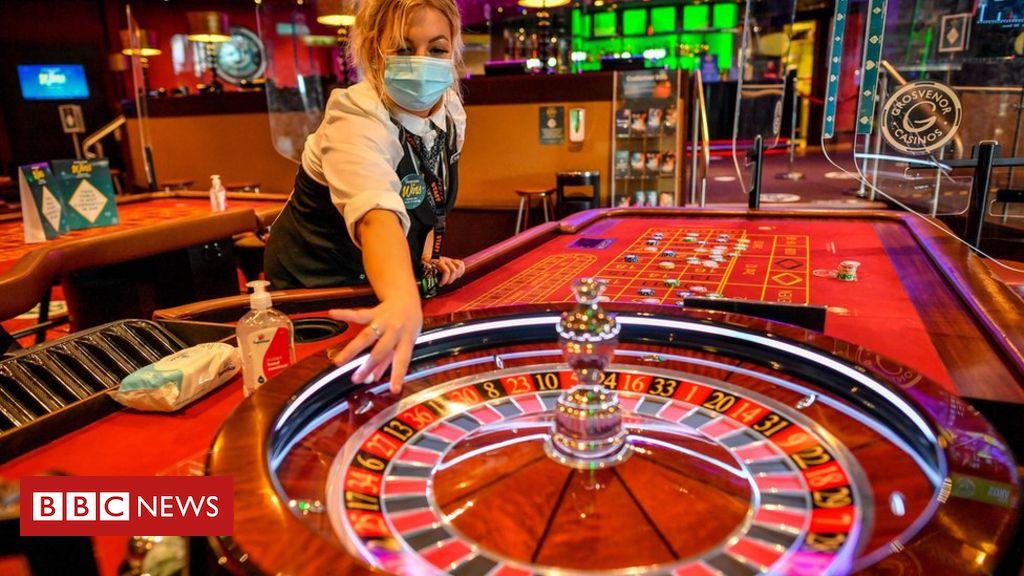 Coronavirus: Arena bowling dan kasino Leicester dapat dibuka kembali