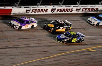 NASCAR Hollywood Casino 400 odds: Hamlin Leads Again